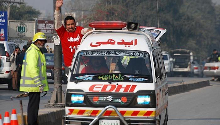پشاور میں فائرنگ سے خاتون سمیت 4 افراد جاں بحق