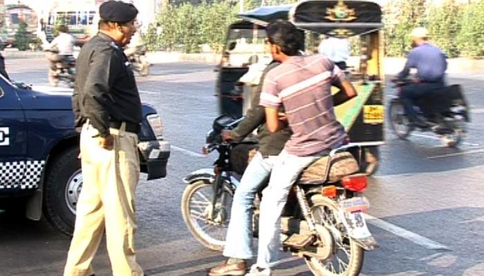 سندھ بھر میں 9، 10 محرم کو ڈبل سواری پر پابندی ہوگی