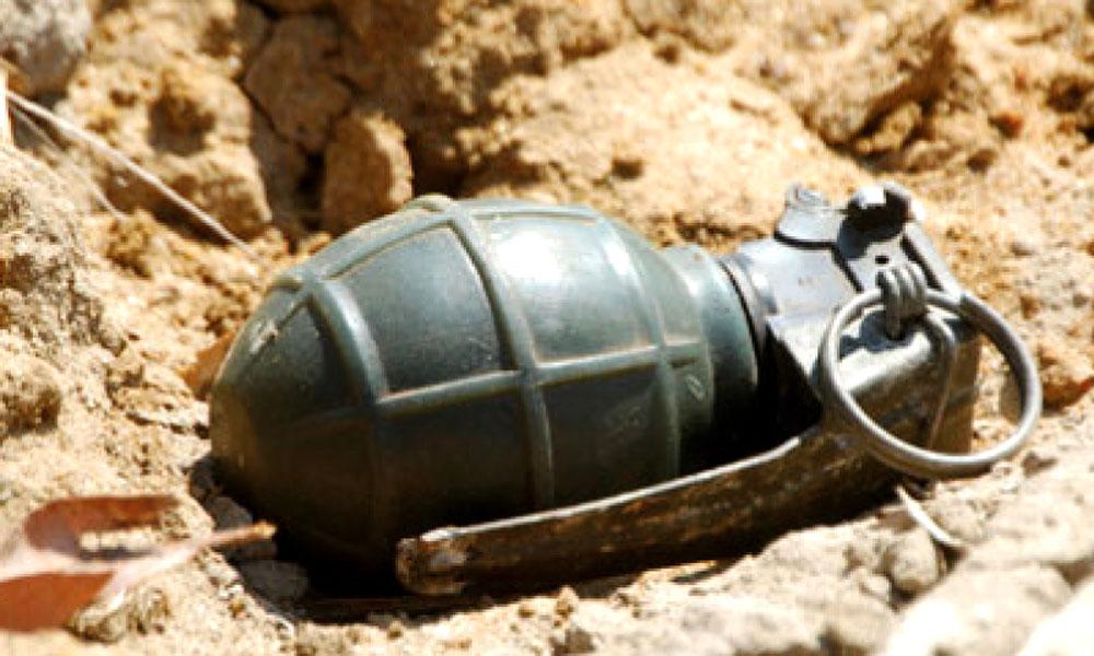 کیچ میں دستی بم حملہ، 3 افراد زخمی