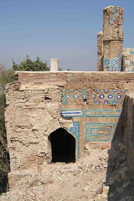 ''صفہ صفایا '' دریائے سندھ کے کنارے قدیم قبرستان