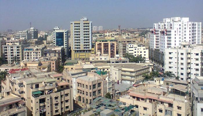بلند و بالا عمارتیں ماحول کو تباہ کر رہی ہیں