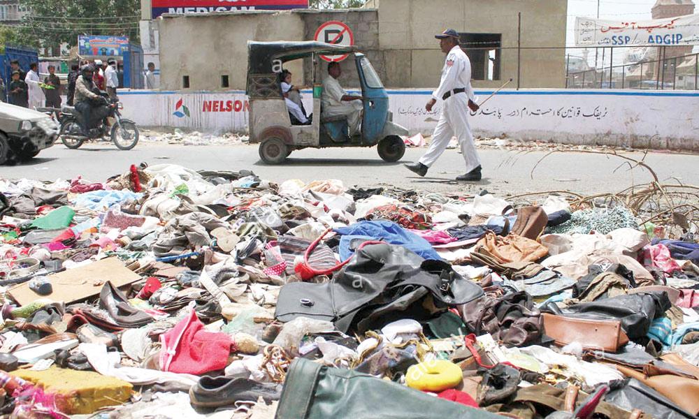 ایک دوسرے پر گند اْچھالنے والے شہر کا گند کب صاف کریں گے؟