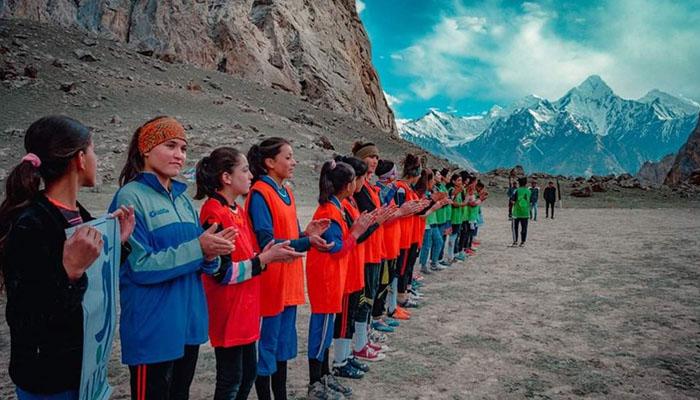 پاکستانی خواتین فٹ بالرز کا شاندار کارنامہ
