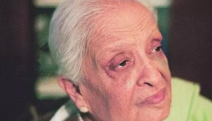 ''فاطمہ ثریا بجیا'' پاکستان کی معروف ادیبہ اور ڈرامہ نگار