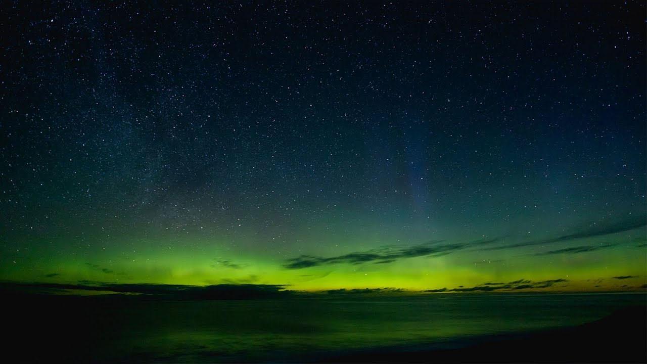 انٹارکٹیکا کے آسمان پر رنگوں کا انوکھا رقص