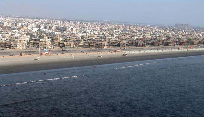 کراچی، بحیرہ عرب میں ہوا کا کم دباؤ، سمندری ہوائیں معطل