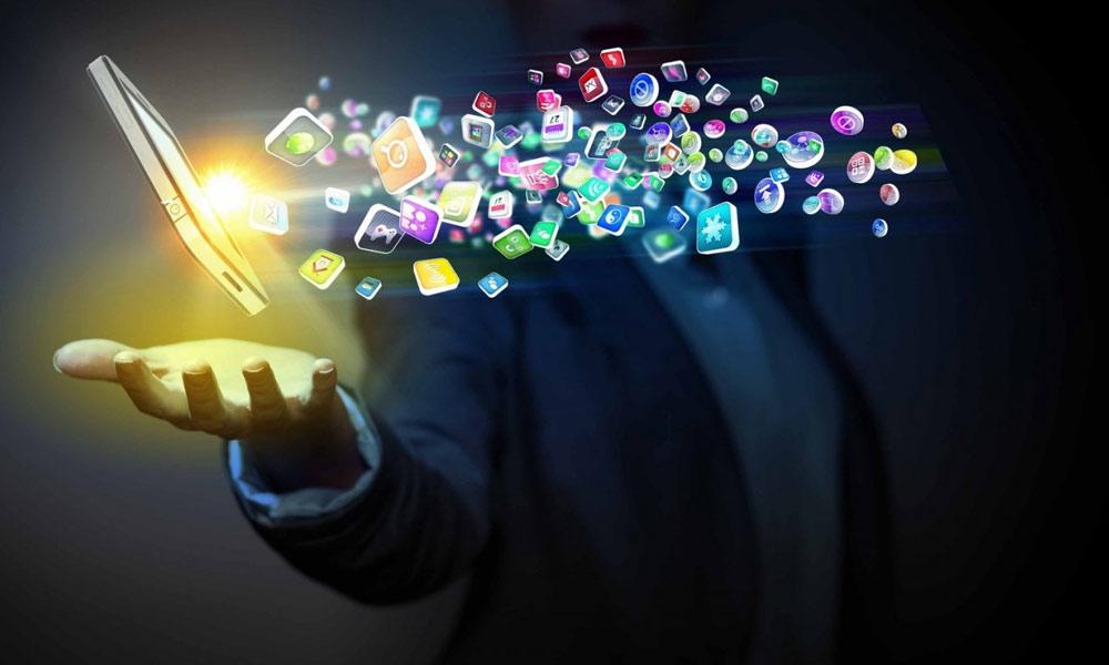 ڈیجیٹل لٹریسی کیا ہے اور کتنی ضروری ہے؟