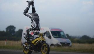 Daredevil Motorcyclist Performs Handstand While Riding At 76mph Breaks Record