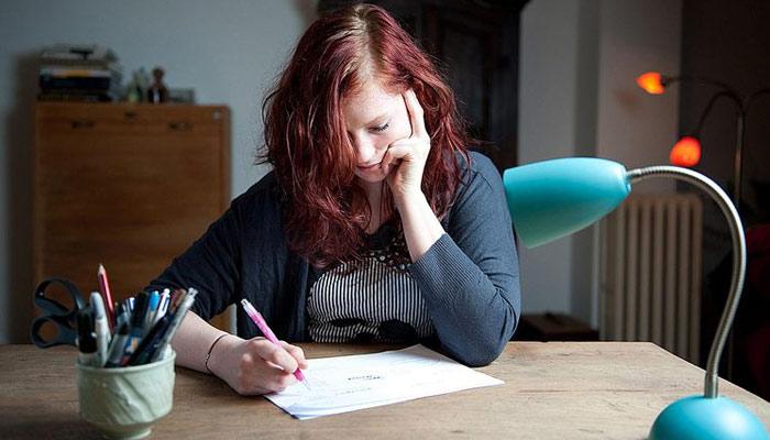 طالب علم کہانی کیسے لکھے؟