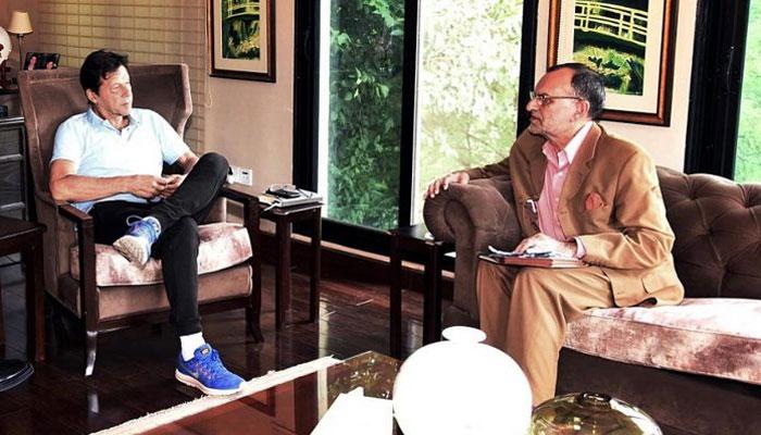 وزیراعظم عمران خان کی وفاقی وزیر اعظم سواتی سے ملاقات