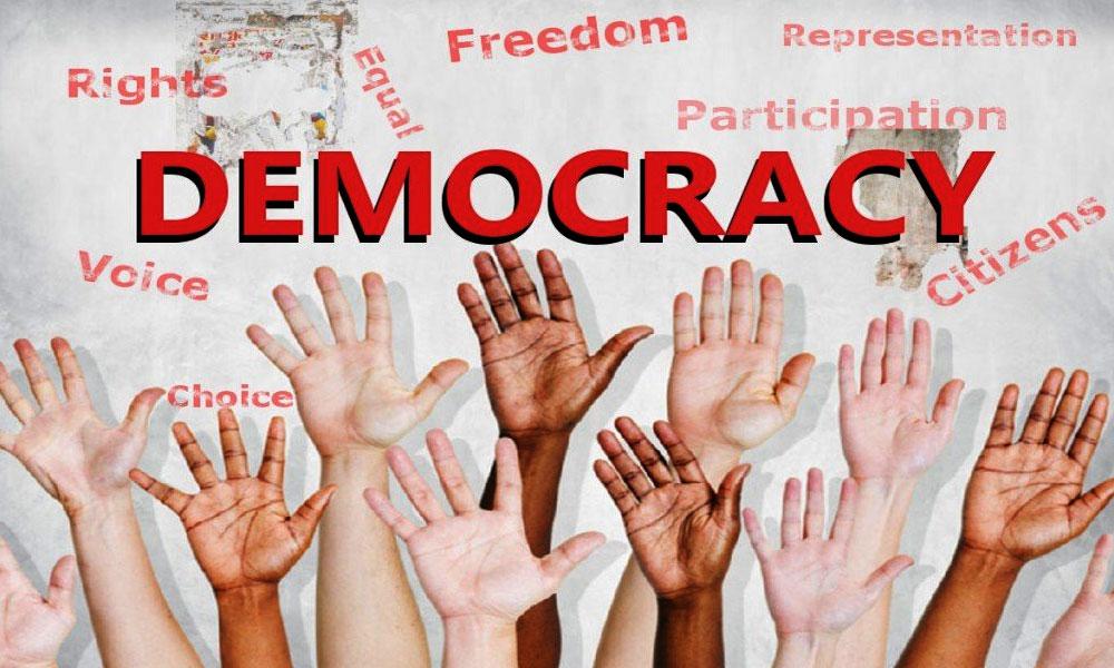 دنیا بھر سمیت پاکستان میں بھی آج یوم جمہوریت منایا جا رہا ہے