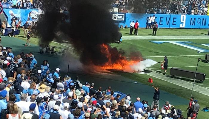 امریکا: فٹبال لیگ کےمیچ سےقبل گراؤنڈ میں آگ لگ گئی