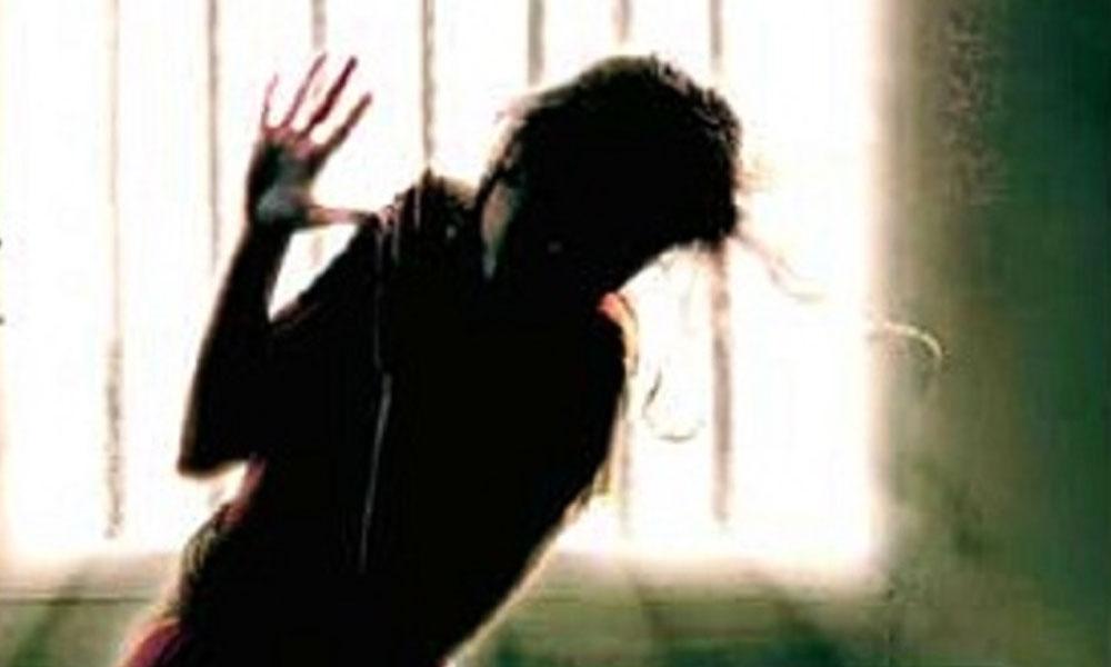 شیخوپورہ، پولیس اہلکار کا بیوی پر تشدد،  ٹانگ توڑ دی