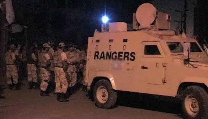 کراچی: رینجرز کی مختلف علاقوں میں کارروائی، 16ملزمان گرفتار