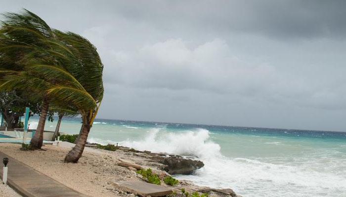 سمندری طوفان' ہمبرٹو'برمودا سے ٹکرا گیا