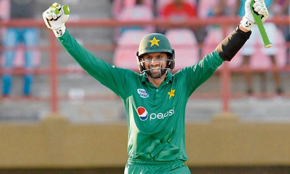 شعیب ملک 350ٹی 20 میچز کھیلنے والے پہلے پاکستانی کھلاڑی