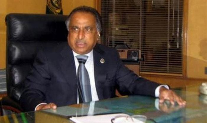 میئر کراچی کے مشیرکو 3 روزہ ریمانڈ پر نیب کے حوالے کردیا گیا