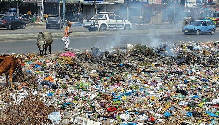 بڑے پیمانے پر ''کلین مائی کراچی''مہم