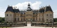 Thieves Tie Up French Chateau Owners And Steal 2m Pound Of Jewels And Cash