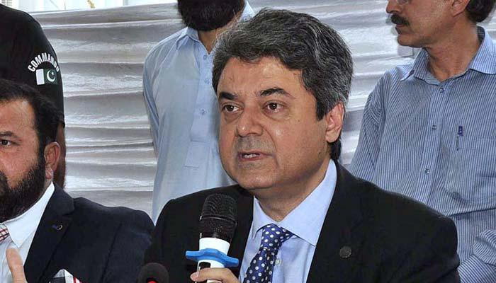کراچی پر آئین کا حوالہ دو تو کہتے ہیں سندھ توڑ رہے ہو، فروغ نسیم