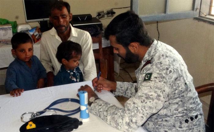 پاک بحریہ کا بلوچستان میں مفت طبی کیمپ