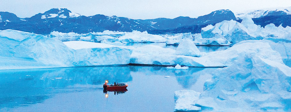 گرین لینڈ پگھل رہا ہے