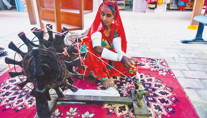 'سندھی دست کاری' دنیا بھر میں قومی ثقافت کی پہچان