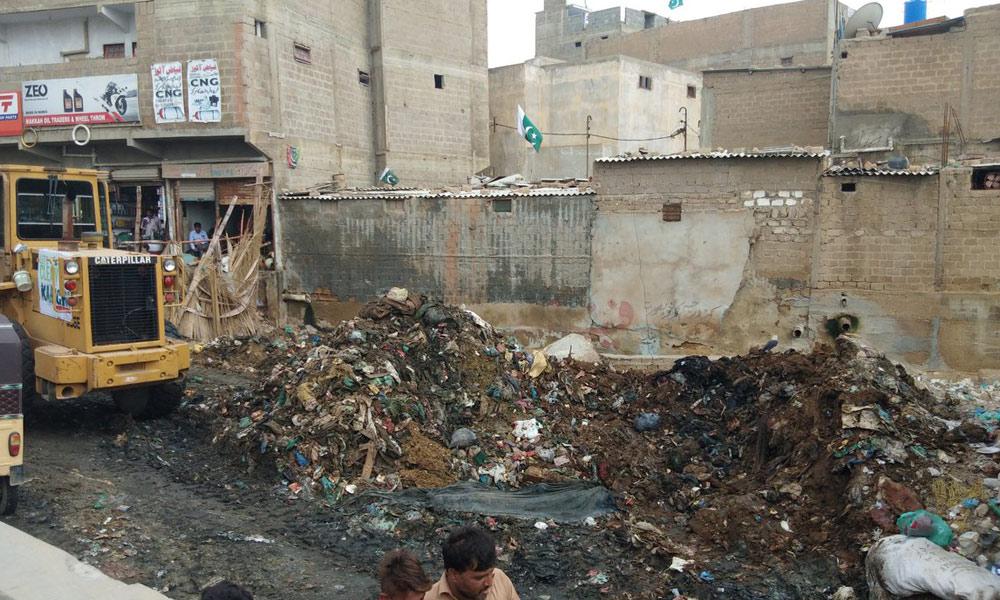 'کراچی میں گوٹھ کلچر' ان کی تعداد کچی آبادیوں سے بھی کئی گنا بڑھ گئی ہے