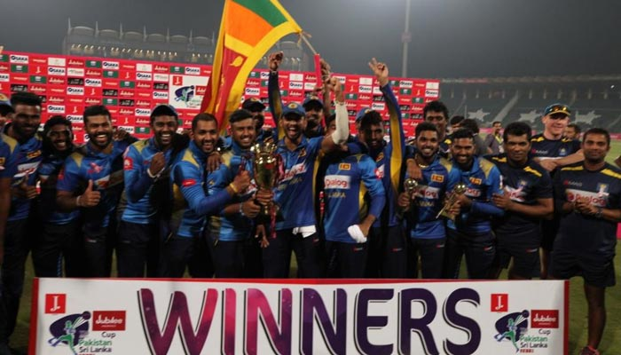 پاکستان کو آخری ٹی ٹوئنٹی میں بھی شکست، سری لنکا نے کلین سوئپ کردیا