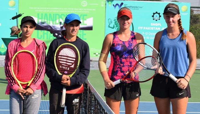 حذیفہ اور شعیب نے جونیئر ٹینس ڈبلز ٹائٹل حاصل جیت لیا