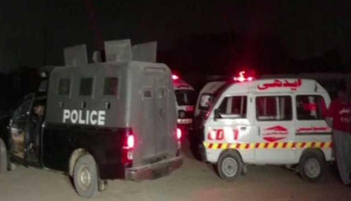 کراچی:فائرنگ کا زخمی ڈاکو نکلا، بیٹی کے قتل کا مقدمہ لڑنے والا باپ لاپتہ