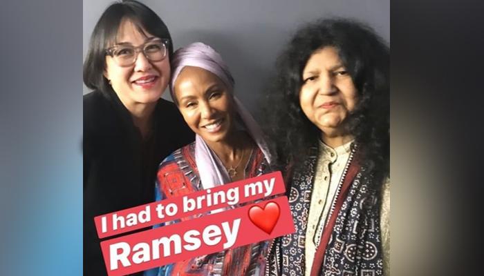 ہالی ووڈ اداکارہ نے عابدہ پروین کو روحانی ماں کہہ دیا
