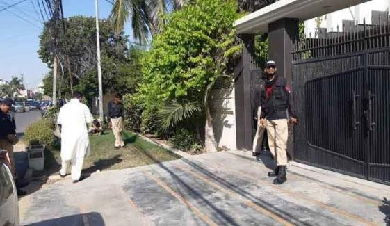 Police Curious About Mysterious Murder Of Karachi Father Son Duo
