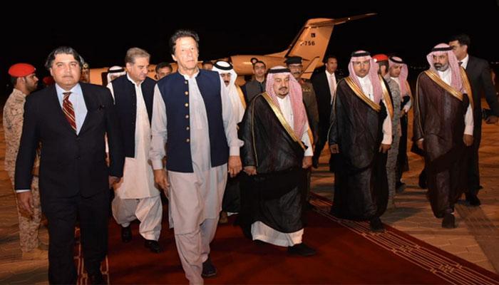 وزیراعظم کی سلمان بن عبدالعزیز سے ریاض میں ملاقات