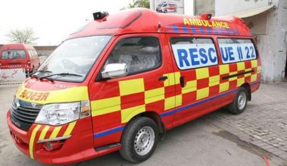 Speedy Passenger Van Overturns In Hujra Shah Muqeem
