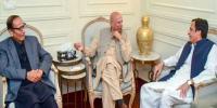 Chaudhry Sarwar Meets Chaudhry Brothers