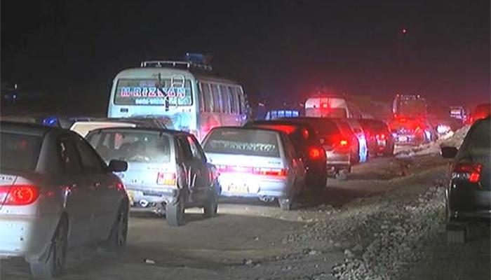 کاٹھور لنک روڈ پر ٹرک ڈرائیورز کا احتجاج ختم