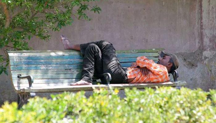 بے گھر افراد ان کی تعداد روز بہ روز بڑھ رہی ہے