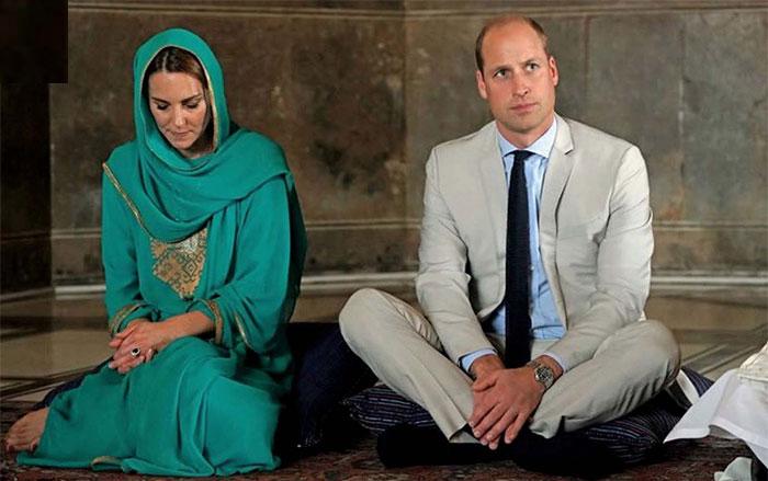 شاہی جوڑے نے بادشاہی مسجد میں قرآن پاک کی تلاوت سنی