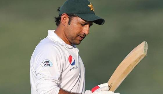 Naseem Umar Demands To Review Decision Removal Of Sarfraz From Captaincy