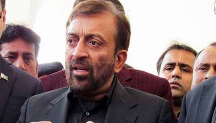 فاروق ستار نے بھی سرفراز کو ہٹانے کی مخالفت کردی