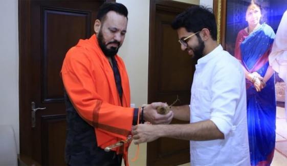 Salman Khan Guard Shera Joins Shiv Sena