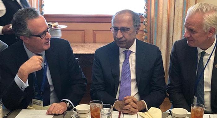 مشیر خزانہ عبد الحفیظ شیخ کی واشنگٹن میں سرمایہ کاروں سے ملاقاتیں