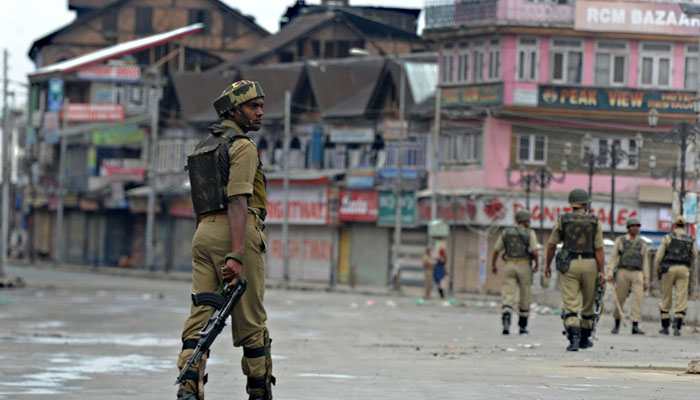 مقبوضہ کشمیر میں بھارتی پابندیوں کا 77واں روز