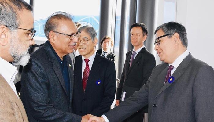 صدر عارف علوی کی سادگی کے جاپانی میں چرچے