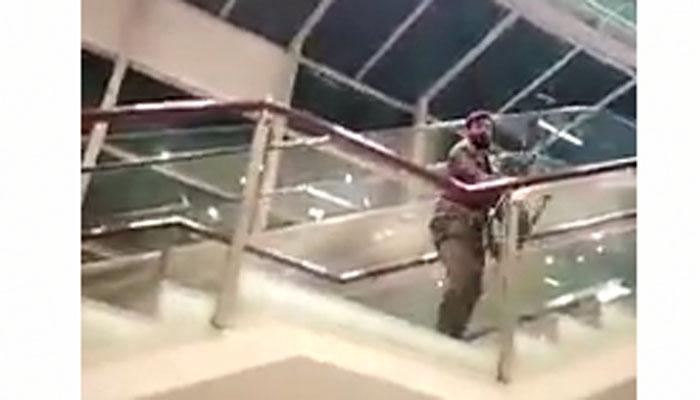 اسلام آباد: مسافروں پر تشدد کرنیوالے اے ایس ایف اہلکاروں کو سزا