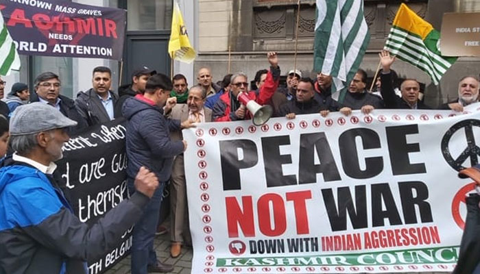 برسلز میں کشمیر پر بھارتی قبضے کے خلاف احتجاجی مظاہرہ