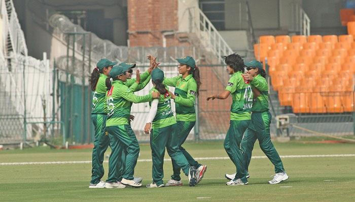 پاکستان ویمن ٹیم نےدوسرا ٹی ٹوئنٹی میچ15 رنزسے جیت لیا