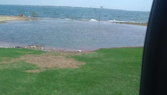 Karachi Sea Water Enters In Dha Golf And Karachi Boat Club