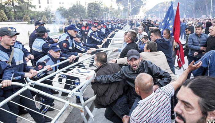 پُرتشدد مظاہرے، احتجاج کے بڑھتے دائرے